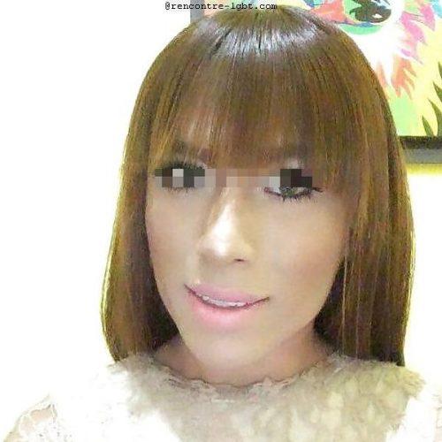 Miss T belle transexuelle 22 cm au Mans
